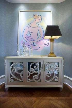 新古典主义风格精致收纳柜装修设计