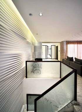 新古典主义白色楼梯装修欣赏