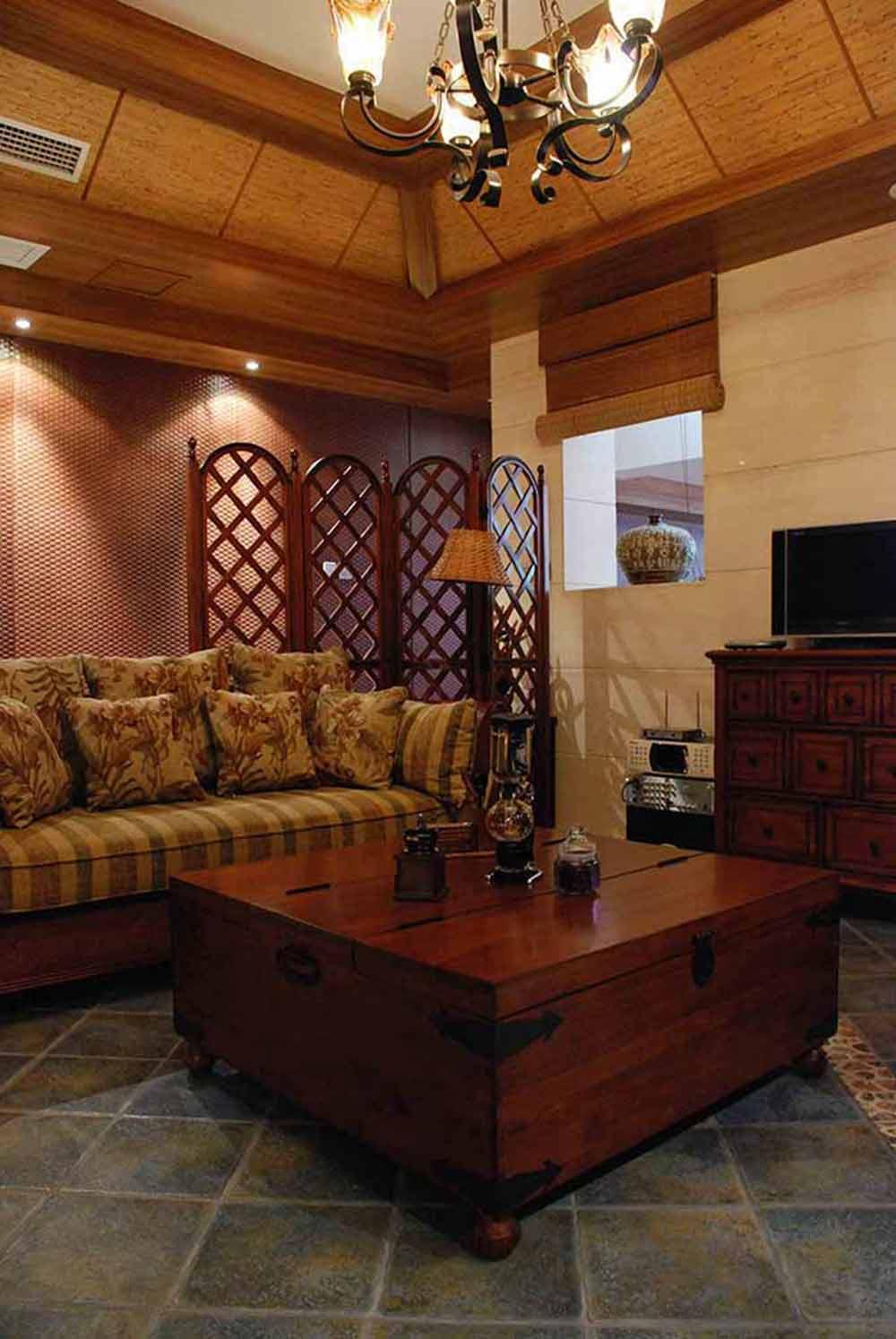 典雅欧式客厅布景装修设计图片