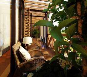 日光充沛东南亚风格阳台休闲设计