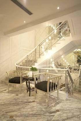 美轮美奂精致新古典主义楼梯设计效果