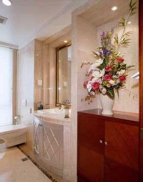 新古典主义经典元素卫生间装修设计
