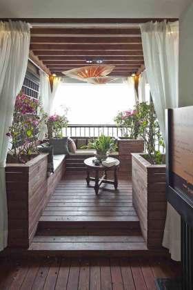 中式美丽阳台装潢布置