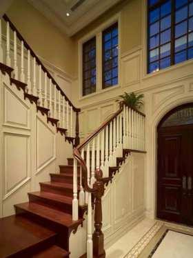 现代红白相间楼梯装饰