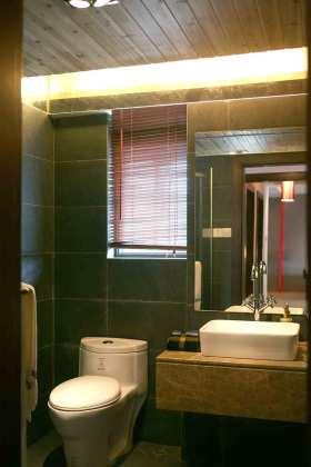 现代绿色简洁卫生间装修设计