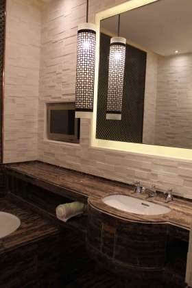 中式古木卫生间设计装饰