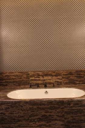 中式木质特色卫生间局部图片