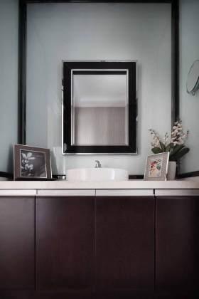 雅美新古典浴室柜设计图片
