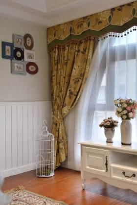 清新美式家装窗帘装饰欣赏