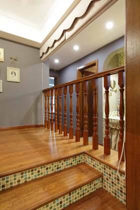 美式风格楼梯局部装饰