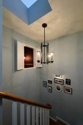 清新简约现代风格楼梯环境装修设计