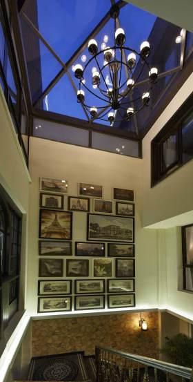 新古典风格照片墙创意装潢