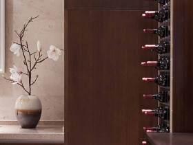 中式家装简约酒柜设计图片