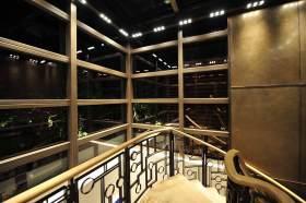 现代风格典雅大气楼梯装修布置
