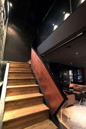 现代时尚质感楼梯设计欣赏