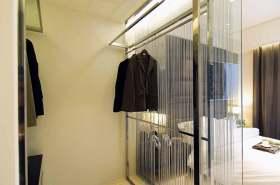 时尚新颖现代风格透明衣帽间欣赏