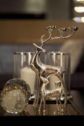 现代别致小鹿造型餐桌装饰品设计