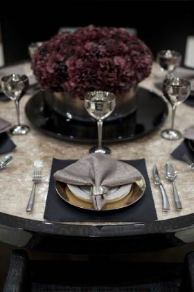 精致现代风格餐桌布置欣赏