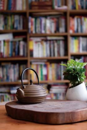 自然雅致中式书桌装饰物欣赏
