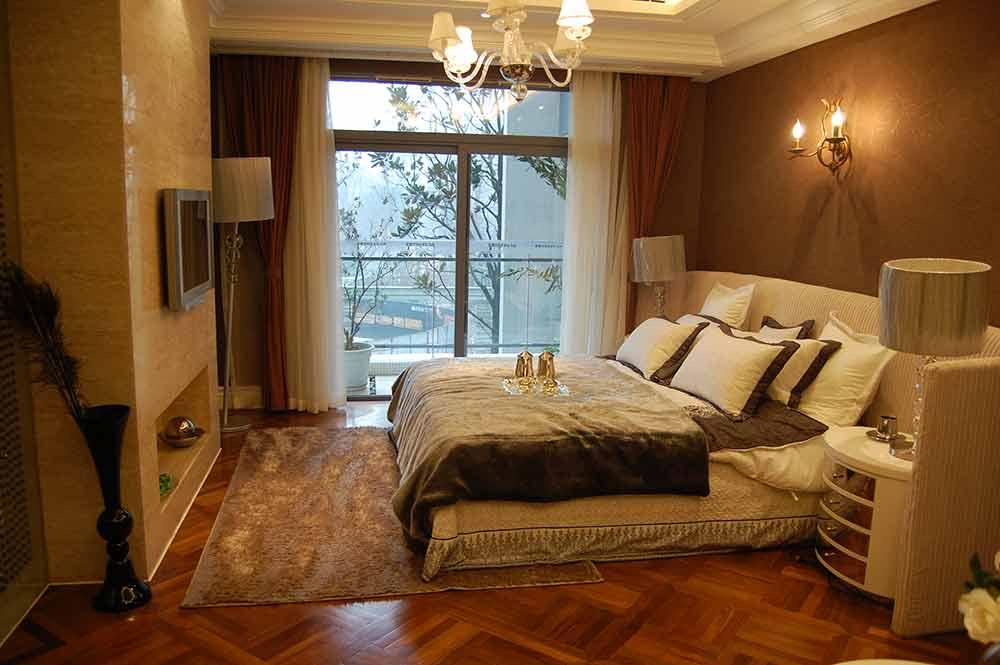 欧式复古典雅卧室设计图