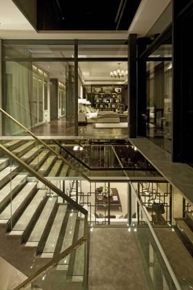 时尚大方新古典楼梯效果图
