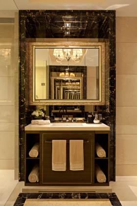 华丽欧式浴室柜设计效果图