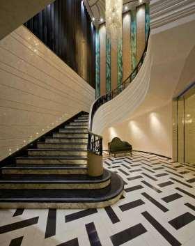 2016豪华美式别墅楼梯设计