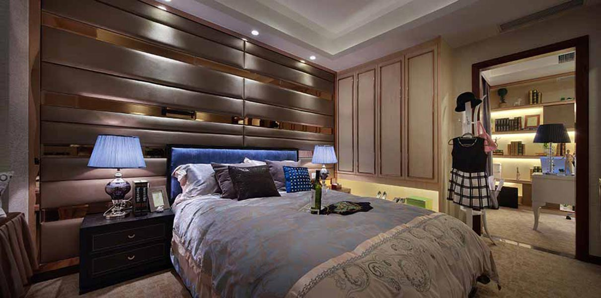 华丽金色欧式卧室设计图-兔狗装修效果图