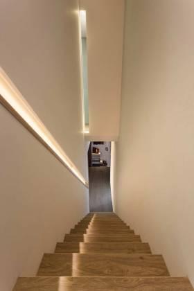 简约大气楼梯设计效果图