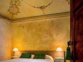 古雅欧式特色卧室装潢布置