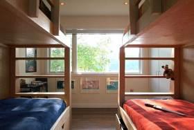 原木材质简约风格儿童房装修布置