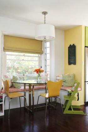 简约风格自然雅致飘窗环境装饰案例