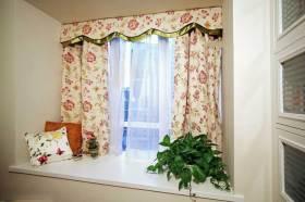 优雅梦幻欧式风格飘窗装饰布置