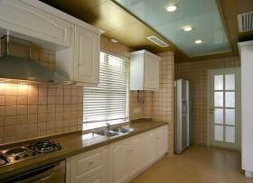 清新简欧风格厨房装修案例