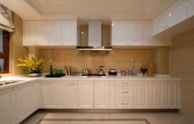 新古典简洁厨房布置