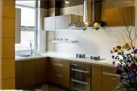 温馨自然简约风厨房装修效果图