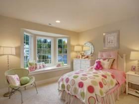 温馨可爱简欧风格儿童房设计
