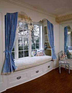 蓝色清新欧式可爱飘窗装饰