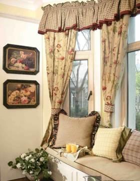中世纪复古欧式飘窗装修