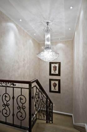 2016新古典风格时尚楼梯装修效果图