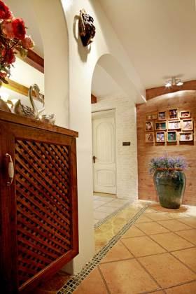 温馨地中海风格别墅玄关设计