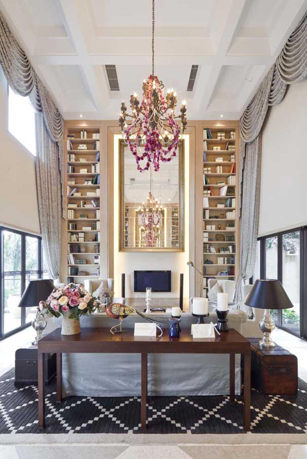 奢华精美混搭风格别墅客厅设计