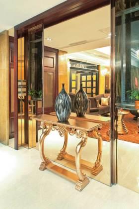 古典简欧风过道装饰设计