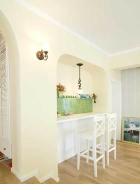 唯美浪漫地中海风格吧台装潢欣赏