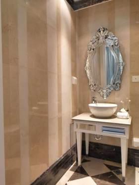 精品新古典风格卫生间装修欣赏