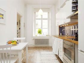 白色清新自然简约厨房装修