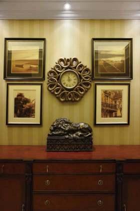 雅致欧式风格温馨照片墙设计