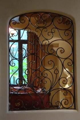 精致中世纪复古欧式镂花隔断