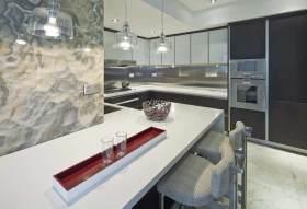 现代时尚厨房吧台装潢