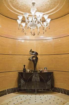 简欧时尚质感收纳展示柜装修案例